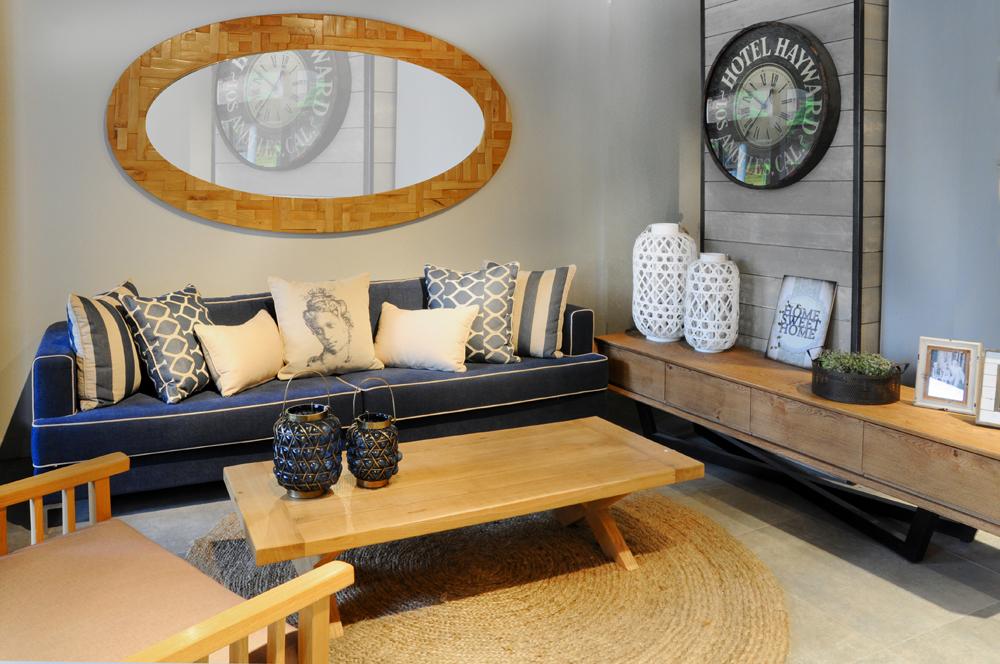 האוס אין הום דיזיין- רהיטים מעץ מלא וחומרים שאינם רעילים ומדיפים